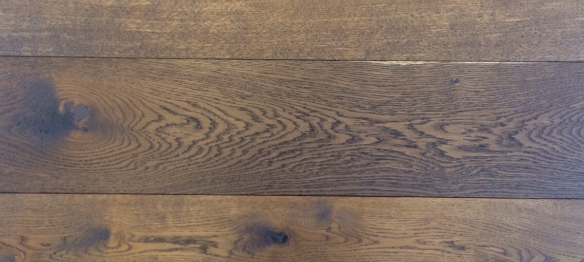 rustiek eiken, -20- planed oak, dubbel gerookt patine ruwhout voor tapis.jpg