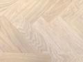 exquisit eiken, visgraat, 10 alaska white royle geolied, afmeting 6x90x450mm.jpg