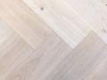 rustiek A eiken -04- planed oak naturel krijt landelijk tapis.jpg