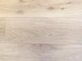 rustiek A eiken, gestopt, geschuurd, 2x osmo 3040 geolied, ruwhout voor tapis.jpg