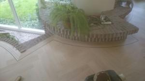 visgraat vloer in tuinkamer
