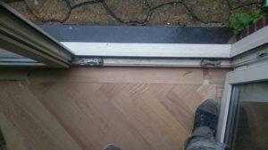 Visgraat vloer randafwerking
