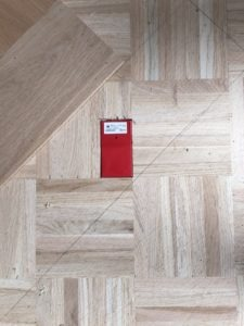 fidbox in visgraatvloer