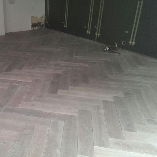 Dubbel gerookte visgraat vloer Amsterdam
