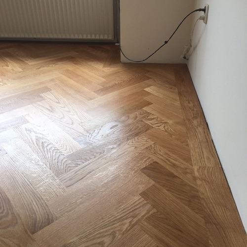 Visgraat vloer Meppel