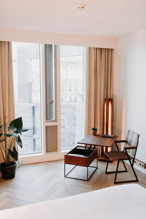 Visgraatvloer hilton hotel Bebovloeren lamelparket (54)